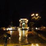 ليلٌ ومطرٌ وأقصى ..  من ساحات #المسجد_الأقصي  المبارك قبل قليل http://t.co/XyzIr69eDx