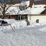 If you had to pick anyone to shovel your driveway, the national guard would be it. http://t.co/7aQiE5dXZE