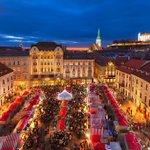 Heute startet der #Weihnachtsmarkt in #Bratislava. Bis 23. Dez gibt es dort #slowakisches Handwerk und Delikatessen http://t.co/MYOuKF7Q8S