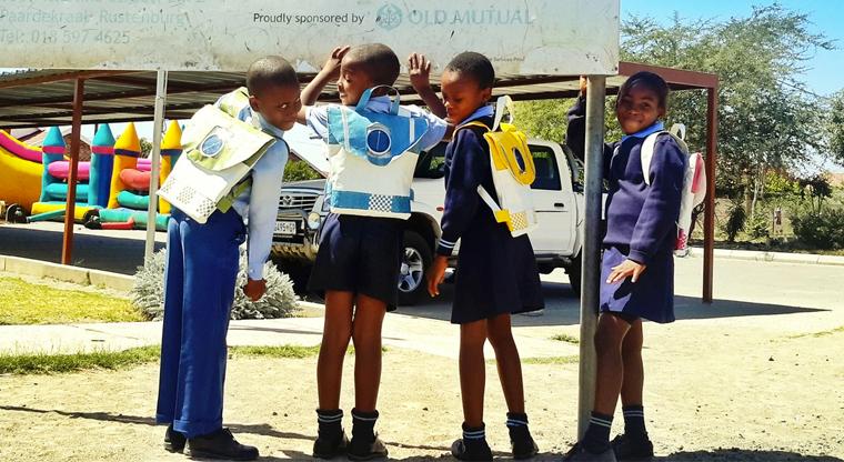In South Africa, solar school backpacks provide light for evening study:  http://t.co/e6Ug28vVof  : http://t.co/9dWTUL1cr1
