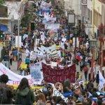 Multitudinaria marcha hoy en La Serena, #ParoDocente http://t.co/XONSj0n6iW