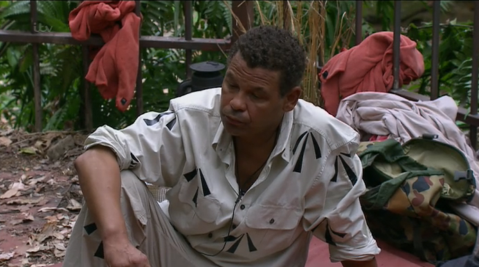 This is so sad. Craig Charles to quit #ImACeleb after being told his brother Dean has died http://t.co/cJtuNsNsBe http://t.co/xw5BdSRxWk