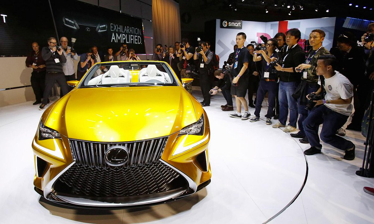 #Lexus makes another play for bold with LF-C2 concept at @LAAutoShow http://t.co/BYlslzo8Jy http://t.co/ZKl6Dtg4Rd