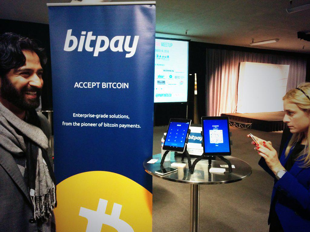 .@bitpay shows off their new POS app! Instant transactions via #bitcoin! @pnpbitcoin @pnpfintech #Plugin http://t.co/IRjzw0J20L