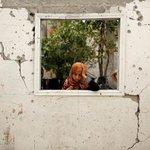 كانت نافذة واصبحت لوحة فنية لم يتمكن احد من رسمها لكن رسمها الدماار #غزة http://t.co/1pRyKj96Vy