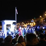 Plymouths Lord Mayor addressing the crowds #illuminate2014 @mayflower400uk @plymouth_400 @britainsocean http://t.co/oYElBWIMAg