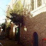 """@ZeZoAwawdih: البلدة القديمة في #الخليل حكاية من #الخليل http://t.co/FQc0KKD5Mu"""
