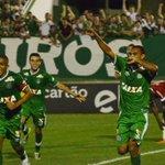 Maiores vitórias da Chape na história da Série-A: Chape 5x0 Inter FLU 1x4 CHAPECOENSE Chapecoense 3x0 Atlético-PR http://t.co/n3gF2yNPgp
