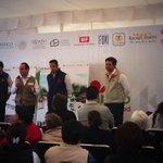 En @AzcapotzalcoDF con @palaciostrejo recorremos unidades San Pablo Xalpa Bimbo, Rosendo Salazar y Lerdo de Tejada. http://t.co/XumzRa05pL