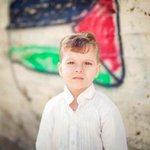 الطفل حمزة زيداني من #القدس والذي صدر بحقه امر اعتقال من قِبل جهاز الأمن الداخلي (الشاباك)، عمره سنتين وشهرين ..!! http://t.co/wCguTrzOII