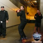 Derek Carr warming up... In the Tunnel. #KCvsOAK #TNF http://t.co/5rLgdcSOJe