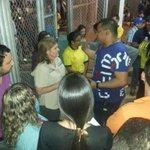Hoy nuevamente se le impidió la entrada al estadio de béisbol a mi familia sin ninguna explicación http://t.co/A5pwngfoVc