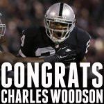 Charles Woodson is now the first player in NFL history to record 50 INTs and 20 sacks. #TNF #KCvsOAK http://t.co/p5tqgymJhh