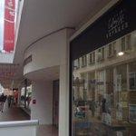 Cest officiel!Un café #Starbucks ouvre à #Nantes à lété 2015 @FindAStarbucks @KevinLaclautre http://t.co/vpQx1MULN3 http://t.co/H3waQxMDza