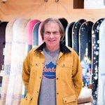 【インタビュー】BURTON創業者ジェイク・バートン、60歳。スノーボード産業を作った男の次の一手は?藤原ヒロシとは一緒に雪山を滑るほど仲が良いそうです。http://t.co/v7R4q6PZGq http://t.co/rCepztNkLK