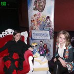 Super stylish sisters @KaitlynDever and Mady Dever picked their #EverAfterHigh #Thronecoming queens! #JJHOMECOMING http://t.co/1NStdPPihV