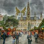 Weihnachten und #streetwandern in #Wien. You are welcome in #Austria ;-) http://t.co/5NU8HB17Nr