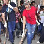 @LakshmiManchu and her husband join #SwachhBharat campaign  more pics here - http://t.co/cxpKT4XzEr http://t.co/8YsNg5OnME