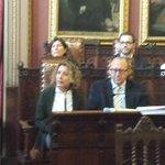 """.@aina_calvo """"sr. batle amb aquest pressupost sen va i deixa consolidads lea desigualtats a #Palma"""" http://t.co/RoP6dv6cNi"""