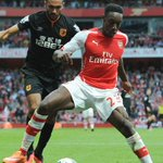 "Wenger on Welbeck: ""One reason we bought him was because he wanted to play. Playing centrally wasnt a condition"" http://t.co/KxY6Ksyd0P"