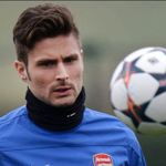 Arsenal striker Olivier Giroud is fit to return against Manchester United. http://t.co/lsAlVFHLps #mufc #afc http://t.co/ie5AyYiJLI
