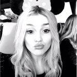 LOVE #JadesDisneyChristmasPlaylist! Getting me in the mood for Xmas & Disneyland! Perrie <3 http://t.co/E9aeRrQ9Jb http://t.co/Wbpy0gco90