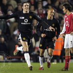 Were reliving some of #mufcs best games away to Arsenal in our live blog: http://t.co/O6Uy1EdqI4 http://t.co/HBQyax5qDi