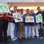 Celebramos el GRAMMY d @c4trio y @pollobrito gracias una vez más x lo q nos brindaron @FundaSegCaracas @edoilustrado http://t.co/QJsaMBSzFT
