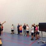 1e jaars Sport&Bewegen maken kennis met keuzevak fitness!! Mooie samenwerking met oudere jaars http://t.co/lRQ6kEayVp