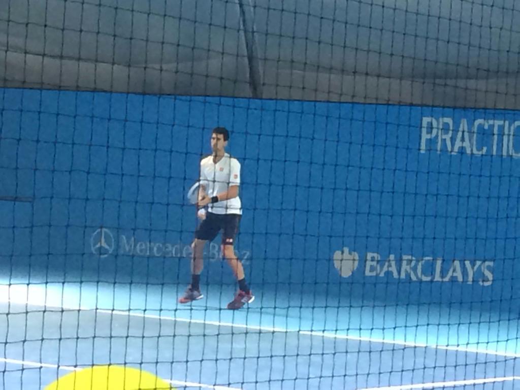 David Ferrer is hitting with Novak Djokovic #ATPFinals #practice http://t.co/zvI6Rn5wEB