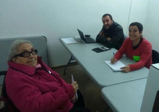 Mira @Albert_Rivera tros de ruc, una de les nazis de la concentració d'avui. Via @JanilloBCN's http://t.co/b2koiC2VpK