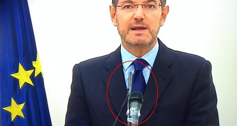 Exceso de celo en el Gobierno de España. http://t.co/fpVRJ5mAU2