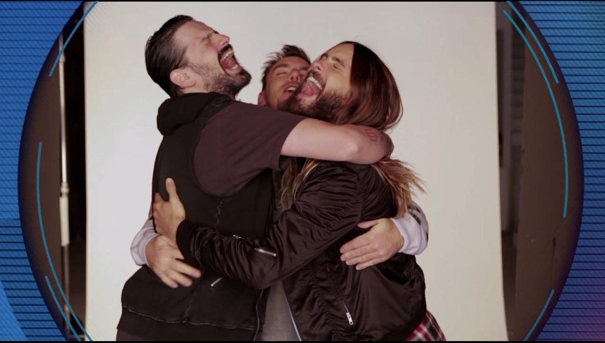 This really makes me happy! :] Congrats @JaredLeto @ShannonLeto @tomofromearth! ❤ #MTVEMA #BestAlternative http://t.co/IAlGCAaCLM