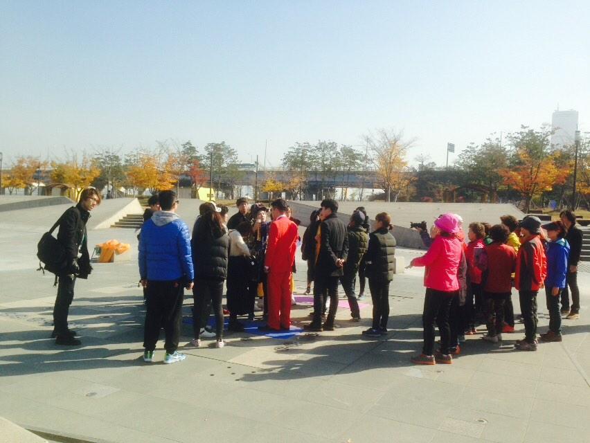 티아라 여의도 한강에서 뮤비 찰영 중!#티아라 #tara http://t.co/vUyuidIdXD