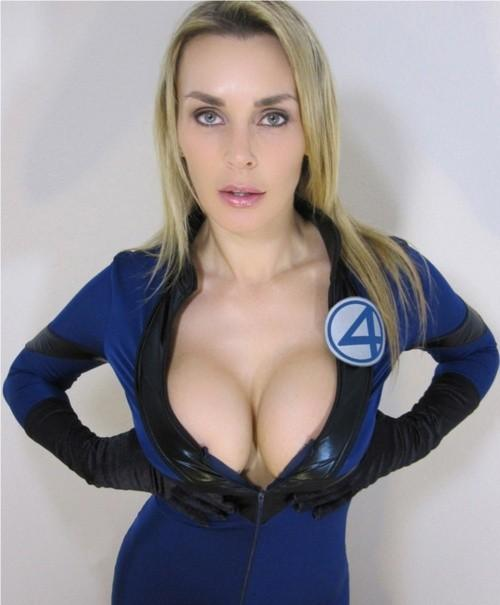 """""""@all_about_xxx: http://t.co/gTf87ftWJc""""  Tanya Tate!"""