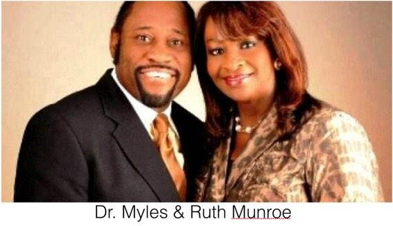 We are praying for The Munroe Family, the Bahamas and all the families affected by this tragedy. #RIPDrMylesMunroe http://t.co/oMM8zlVlV7
