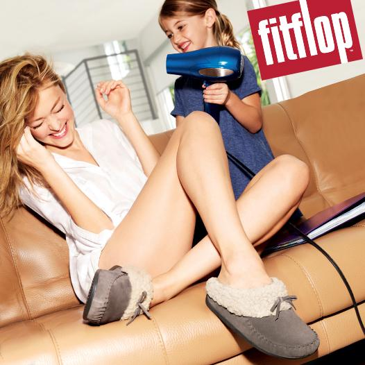 We're giving away a pair of @FitFlop Cuddler slippers every day! Just follow & RT this Tweet for your chance to win! http://t.co/BFTx5w2CfM