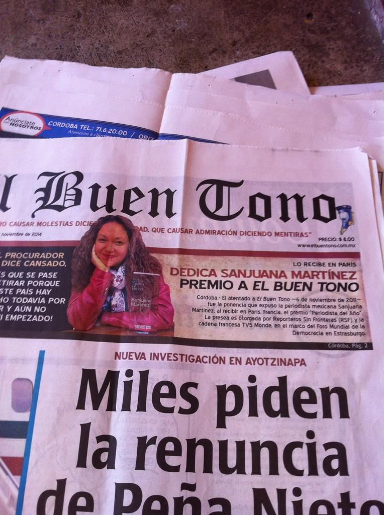 @SanjuanaMtz En la portada y una muy buena entrevista con el Amigo Andrés Timoteo desde París ! http://t.co/RvGGawyR3p