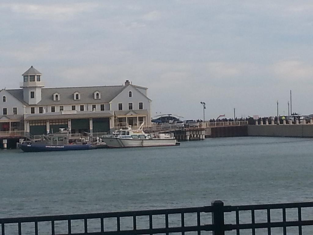 #bvs at navy pier in chicago http://t.co/fFZyv6o5nK