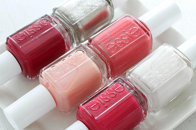oh @essie, how i love your winter collection! swatched today at http://t.co/UoMzPwqkcX #ManiMonday http://t.co/6K2KvC39r3