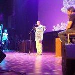 RT @pdemocracia: René Pérez de @Calle13Oficial recibió su @pdemocracia como Personalidad Destacada de Latinoamérica http://t.co/mmKuEFfPFT