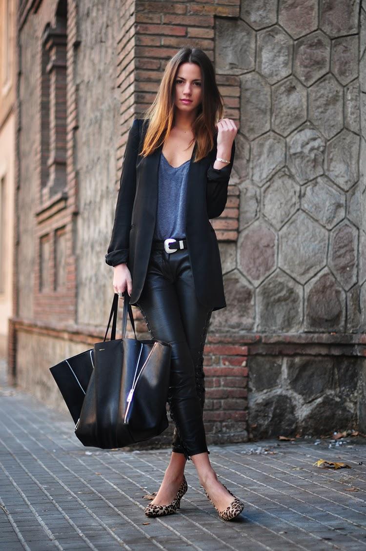 Comienza tu martes con Leather jeans, blazer, tacones y agrega tu tote bag favorita. Conquistarás tu día. #LookELLE http://t.co/AdLfAlAR00