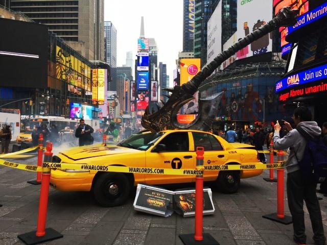 We bet you didn't see this coming in #TimesSquare. #Warlords http://t.co/l3uQgTuvFr