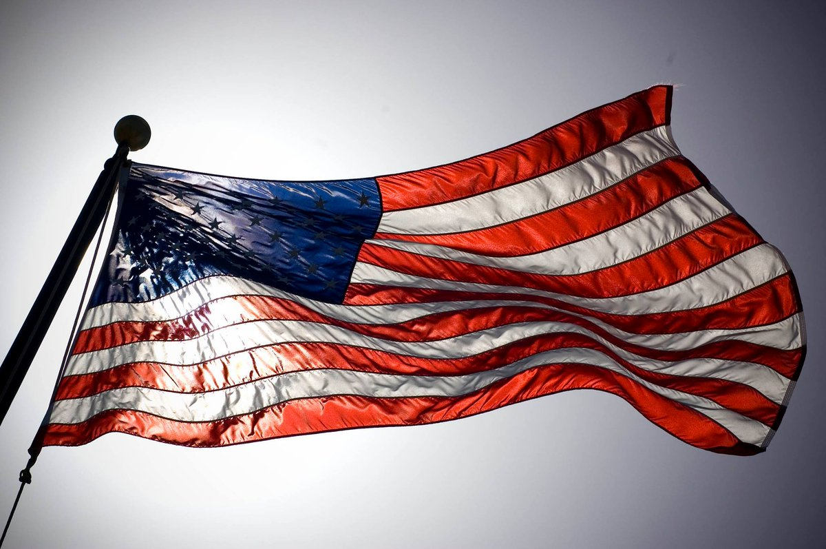 Veterans, for your service in defense of our flag, thank you.   RT to thank a #Vet http://t.co/T49Ae4xfYn