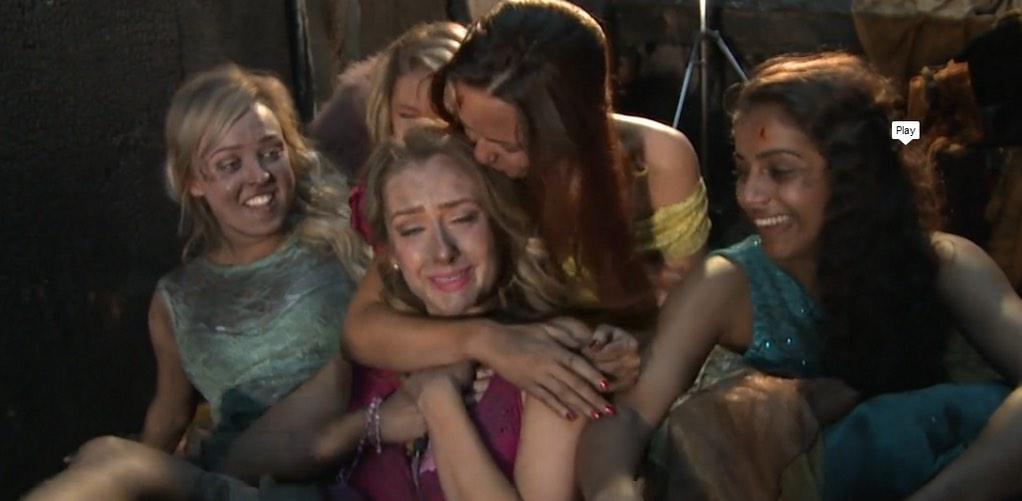 """""""@queenmernaa: the last scene, left me in tears"""