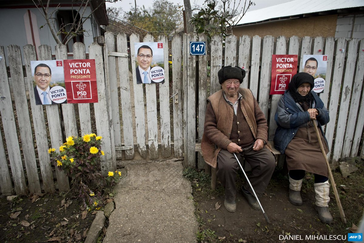 oh, darn! RT @fgeffardAFP: #ROMANIA-A couple sits in front of their home by Daniel Mihailescu #AFP http://t.co/ksDDraKlLn