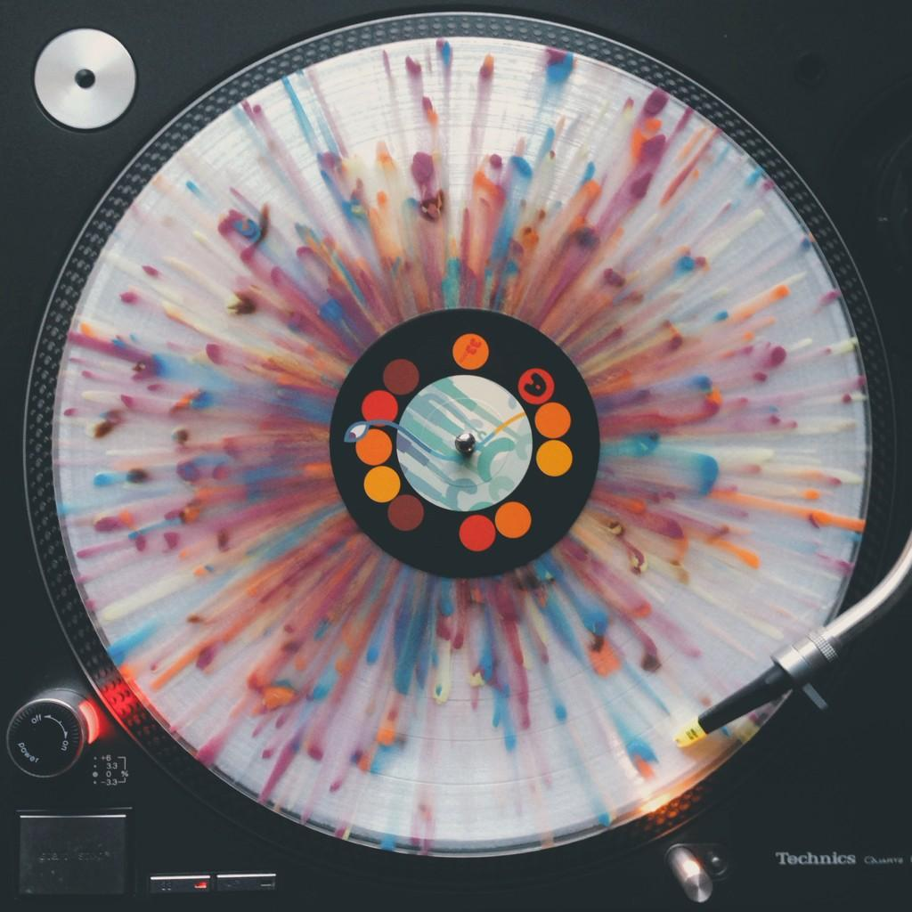 Hohokum Soundtrack rainbow-colored vinyl on @ghostly sprucing up my turntable http://t.co/49IJgx2rKn