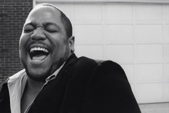 Big Bank Hank has died aged 57 of the Sugarhill Gang who has heard #RappersDelight #RIPBigBankHank @nilerodgers http://t.co/HVQSWWwCzH