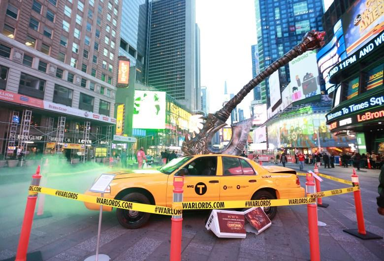 Blizzard impales taxi with a massive axe in Times Square for WoW: Warlords of Draenor's launch http://t.co/MtT03kiV4L http://t.co/QWIvcQUxEe