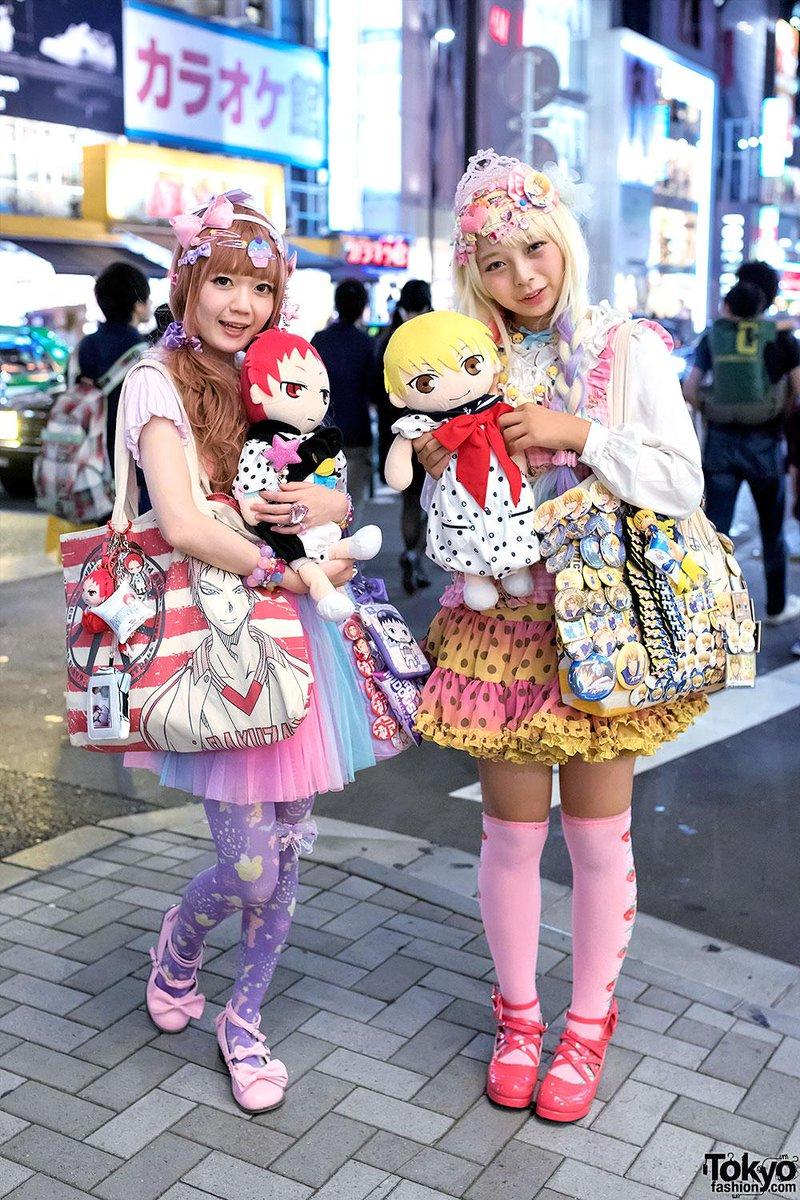 Serious Kuroko's Basketball & Yowamushi Pedal fandom in Harajuku! #黒子のバスケ #弱虫ペダル #原宿 http://t.co/DLfAEAO5gw http://t.co/VdoowlIDlj